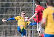 FODBOLD: Andreas Jensen (Ølstykke FC) i kamp med Jeppe Skovlund Madsen (Helsinge) under kampen i Serie 1 mellem Helsinge Fodbold og Ølstykke FC den 14. april 2018 på Helsinge Stadion. Foto: Claus Birch.