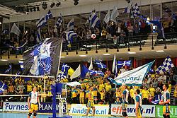 12-04-2014 NED: Finale Landstede Volleybal - Draisma Dynamo, Zwolle<br /> Landstede Volleybal pakt het kampioenschap door Dynamo met 3-0 te verslaan / Support publiek Landstede maken er een fantastische sfeer van