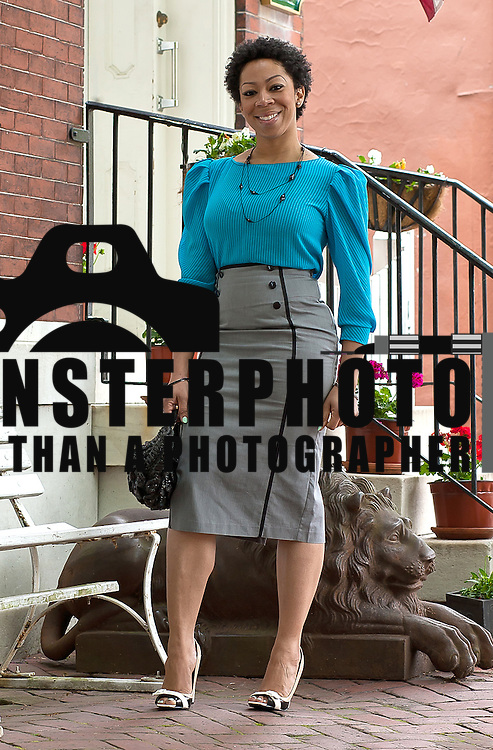 04/28/12 New Castle Del. Style files candidate Shakema Jackson show off her fabulous style Saturday, April. 28, 2012 in old new castle Delaware.<br />