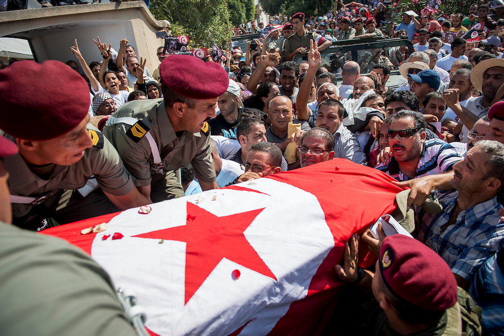 © Benjamin Girette / IP3 PRESS : July 27th, 2013 :  Mohammed BRAHMI funeral in Tunis.