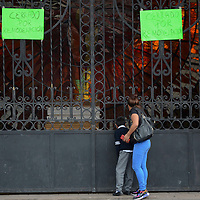 """Toluca, México.- Visitantes y turistas se quederán con las ganas de poder ingresar al Jardín Botanico """"CosmoVitral"""", ésto debido a la remodelación, la cual se estima dure mímino 3 meses aproximadamente. Agencia MVT / Arturo Hernández."""