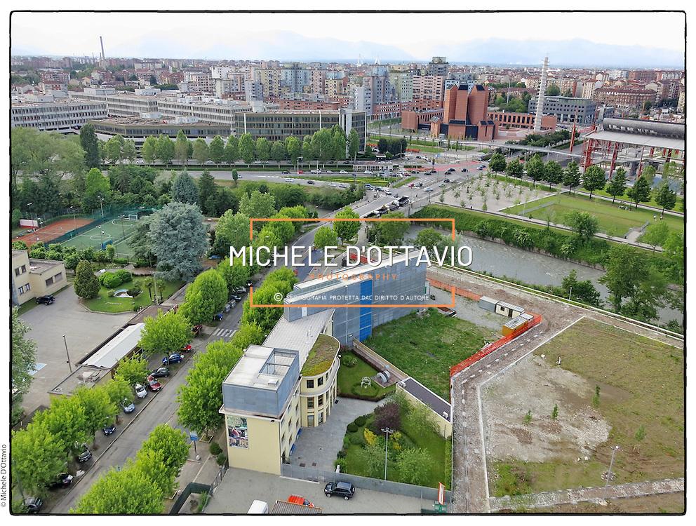 Torino Parco Dora, lungo il fiume Dora, nell'area una volta occupata da diversi stabilimenti industriali.