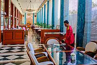 Inde, Delhi, salon de thé de l'Imperial hotel // India, Delhi, New Delhi, tea room of the Imperial hotel