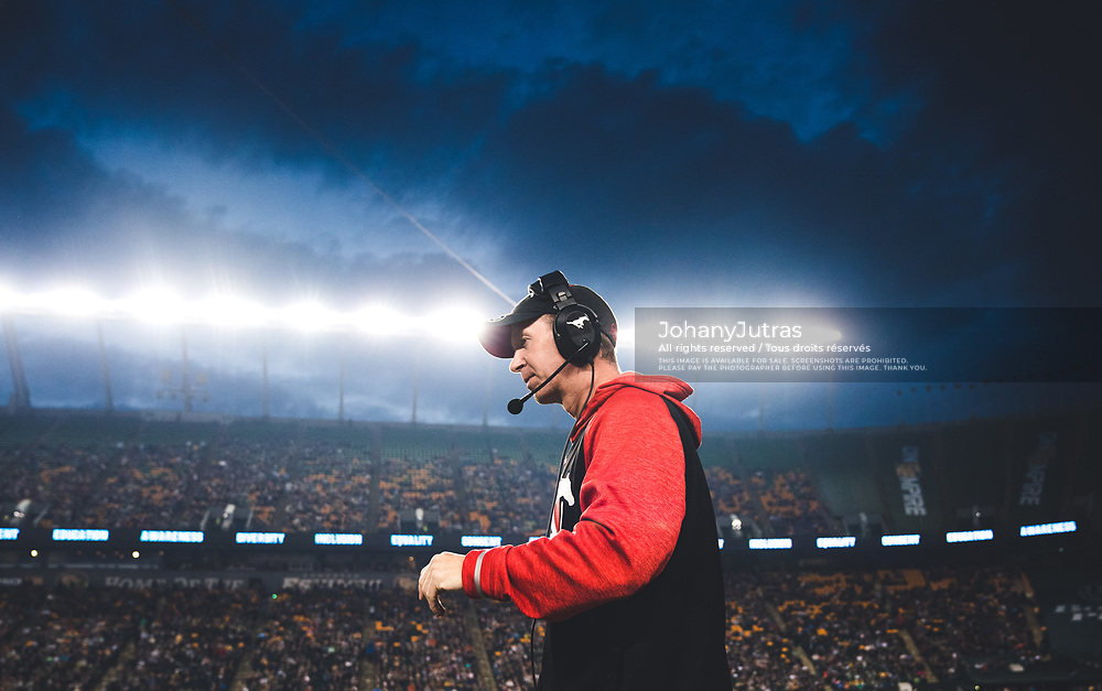 Calgary Stampeders head coach Dave Dickenson during the game against the Edmonton Eskimos at Commonwealth Stadium in Edmonton AB, Saturday, September 9, 2017. (Photo: Johany Jutras)