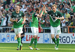 07.05.2011, Weserstadion, Bremen, GER, 1.FBL, Werder Bremen vs Borussia Dortmund, im Bild  Jubel bei Petri Pasanen (Bremen #3), Dominik Schmidt (Bremen #41) und Per Mertesacker (Bremen #29) nach dem 2:0  EXPA Pictures © 2011, PhotoCredit: EXPA/ nph/  Frisch       ****** out of GER / SWE / CRO  / BEL ******