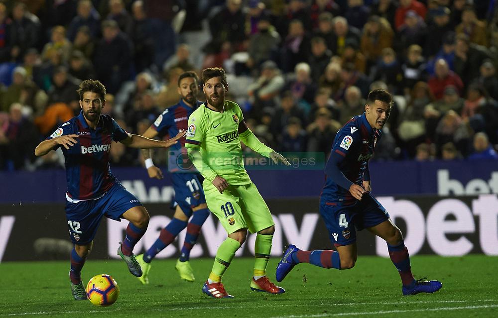 صور مباراة : ليفانتي - برشلونة 0-5 ( 16-12-2018 )  20181216-zaa-n230-411