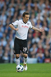 LONDON, ENGLAND - Monday, May 9, 2011: Fulham's Simon Davies in action against Liverpool during the Premiership match at Craven Cottage. (Photo by David Rawcliffe/Propaganda)