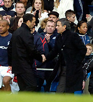 Photo: Ed Godden/Sportsbeat Images.<br /> Chelsea v Nottingham Forest. The FA Cup. 28/01/2007.<br /> Chelsea Manager Jose Mourinho (R), shakes hands with Forest Manager Colin Calderwood.