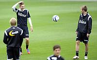 Fotball<br /> Norge<br /> 13.08.2012<br /> Foto: Morten Olsen, Digitalsport<br /> <br /> Trening Norge A foran landskampen mot Hellas<br /> <br /> Erik Huseklepp (L) - Espen Ruud