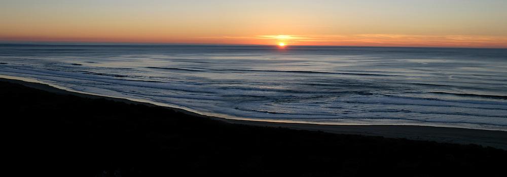 Sunset on the oregon coast, near Gleneden Beach.