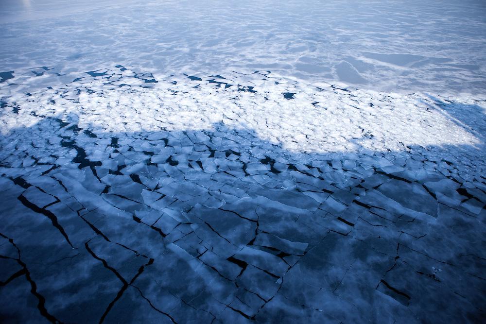 The ice covered Sea of Japan (East Sea) close to the sea port of Vladivostok in Russia. Vladivostok, Russian Federation, Russia, RUS, 12.01.2010.