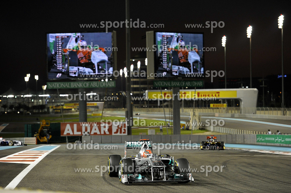 11.11.2011, Yas-Marina-Circuit, Abu Dhabi, UAE, Grosser Preis von Abu Dhabi, im Bild Michael Schumacher (GER), Mercedes GP  // during the Formula One Championships 2011 Large price of Abu Dhabi held at the Yas-Marina-Circuit, 2011-11-11. EXPA Pictures © 2011, PhotoCredit: EXPA/ nph/ Dieter Mathis..***** ATTENTION - OUT OF GER, CRO *****