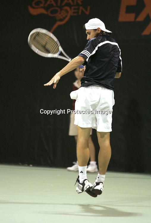 Qatar, Doha, ATP Tennis Turnier Qatar Open 2005, David Ferrer (ESP), 03.01.2005,<br /> Foto: Juergen Hasenkopf
