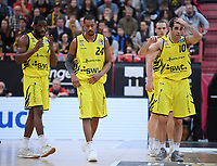 Basketball  1. Bundesliga  2017/2018  Hauptrunde  16. Spieltag  30.12.2017 Walter Tigers Tuebingen - MHP RIESEN Ludwigsburg Enttaeuschung Tigers; Ryan Brooks, Barry Stewart und Jared Jordan (v.li.)