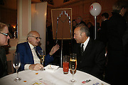 WALTER WOLFGANG AND GEORGE GALLOWAY. Oldie magazine's Oldie of the Year Awards 2006. Simpson's. the Strand. London.21 March 2006.  ONE TIME USE ONLY - DO NOT ARCHIVE  © Copyright Photograph by Dafydd Jones 66 Stockwell Park Rd. London SW9 0DA Tel 020 7733 0108 www.dafjones.com