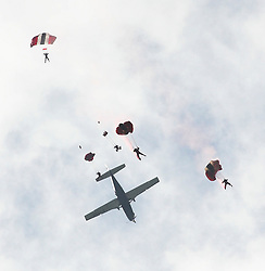 © Licensed to London News Pictures. 30/05/2015. Red Devils of the Parachute Regiment jump into The Royal Bath and West Show in Shepton Mallet in Somerset . Credit : Jason Bryant/LNP