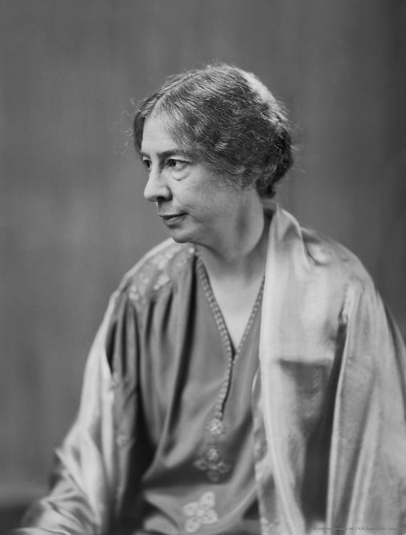 Sara Teasdale, American Poet, 1931