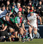 Twickenham, GREAT BRITAIN,  Quins Andy GOMMERSALL, get the ball away from behind the scrum, during the Guinness Premiership Game, Harlequins [Quins] vs Leicester Tigers, at the Twickenham Stoop 06/01/2008 [Mandatory credit Peter Spurrier/ Intersport Images].