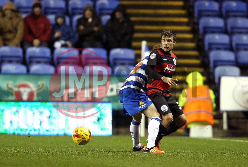 Alejandro Furling of Queens Park Rangers passes the ball - Mandatory byline: Robbie Stephenson/JMP - 03/12/2015 - Football - Madejski Stadium - Reading, England - Reading v Queens Park Rangers - Sky Bet Championship