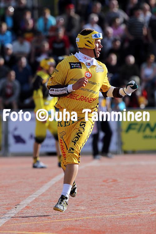 25.5.2012, Pihkala, Hyvink??..Superpesis 2012, Hyvink??n Tahko - Pattijoen Urheilijat, Raahe..Teemu Nikkanen - Tahko.