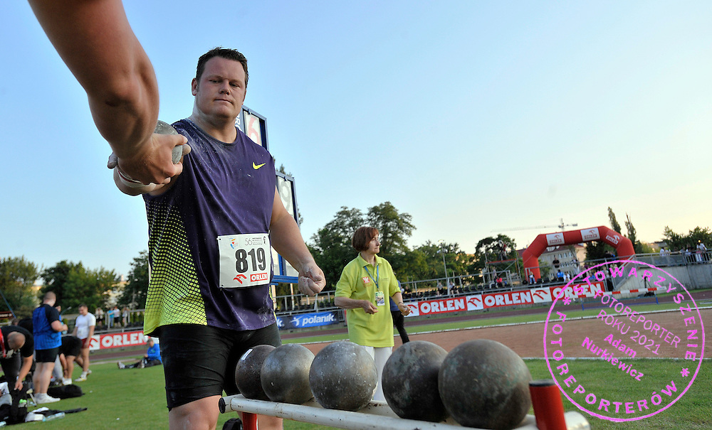 DYLAN ARMSTRONG (CANADA) COMPETES IN MEN'S SHOT PUT COMPETITION DURING 56TH ATHLETIC MEMORIAL OF JANUSZ KUSOCINSKI 2010 IN WARSAW, POLAND...POLAND , WARSAW , JUNE 08, 2010..( PHOTO BY ADAM NURKIEWICZ / MEDIASPORT )