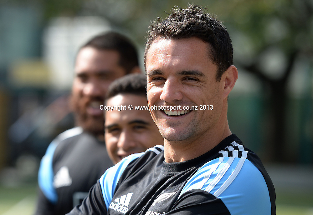 Dan Carter during a visit to Aoyama Elementary School ahead of the test match tomorrow between the New Zealand All Blacks and Japan. Rugby Union. Tokyo, Japan. Friday 1 November 2013. Photo: Andrew Cornaga/www.Photosport.co.nz