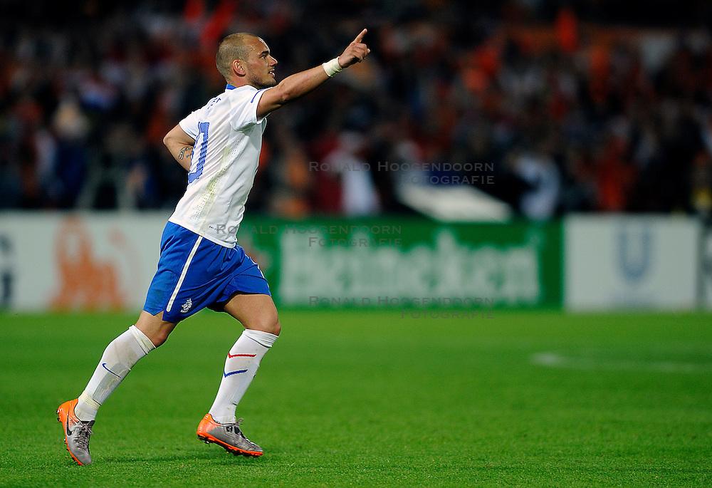 01-06-2010 VOETBAL: NEDERLAND - GHANA: ROTTERDAM<br /> Nederland verslaat Ghana in een oefenduel met 4-1 / Wesley Sneijder scoort de 3-1<br /> &copy;2010-WWW.FOTOHOOGENDOORN.NL