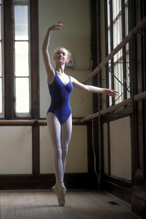 Canada, Ontario, Toronto, Karen Kingsley, 13, practices at window in a dance studio at the National Ballet School