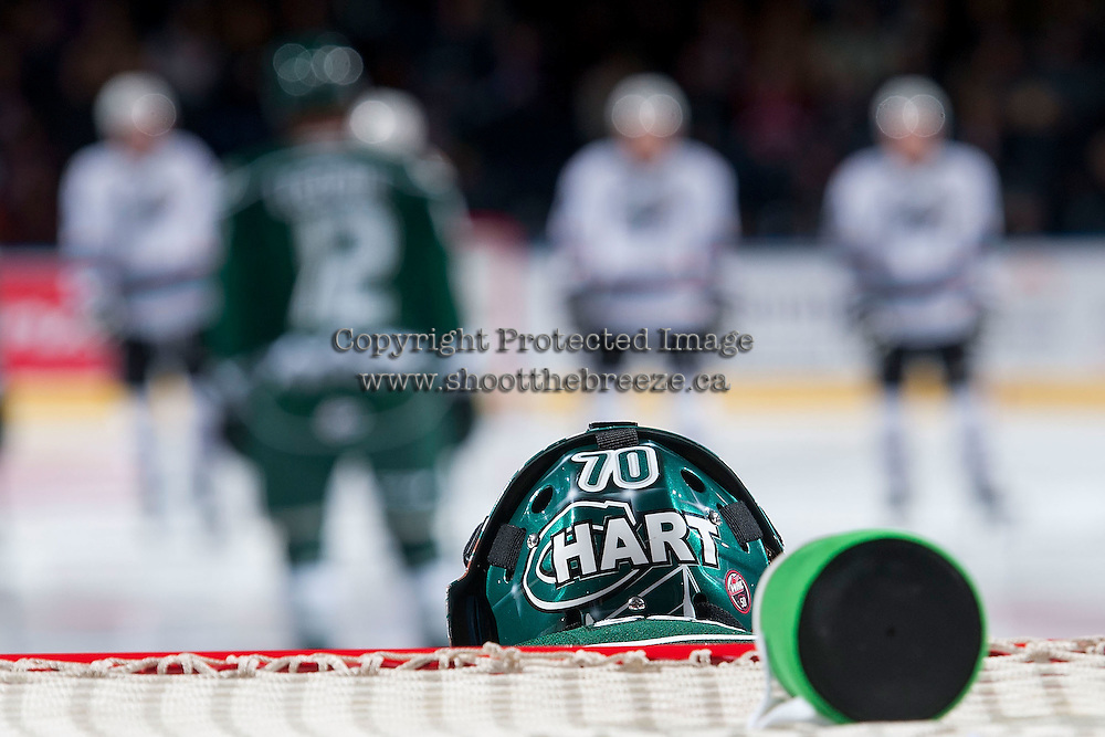 KELOWNA, CANADA - JANUARY 08: Carter Hart #70 of Everett Silvertips stands in net at the start of the game against the Kelowna Rockets on January 8, 2016 at Prospera Place in Kelowna, British Columbia, Canada.  (Photo by Marissa Baecker/Shoot the Breeze)  *** Local Caption *** Carter Hart;