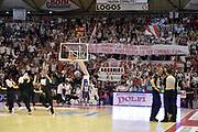 DESCRIZIONE : Campionato 2014/15 Giorgio Tesi Group Pistoia - Acqua Vitasnella Cant&ugrave;<br /> GIOCATORE : tifosi<br /> CATEGORIA : tifosi<br /> SQUADRA : Giorgio Tesi Group Pistoia<br /> EVENTO : LegaBasket Serie A Beko 2014/2015<br /> GARA : Giorgio Tesi Group Pistoia - Acqua Vitasnella Cant&ugrave;<br /> DATA : 30/03/2015<br /> SPORT : Pallacanestro <br /> AUTORE : Agenzia Ciamillo-Castoria/GiulioCiamillo<br /> Galleria : LegaBasket Serie A Beko 2014/2015<br /> Fotonotizia : Campionato 2014/15 Giorgio Tesi Group Pistoia - Acqua Vitasnella Cant&ugrave;<br /> Predefinita :