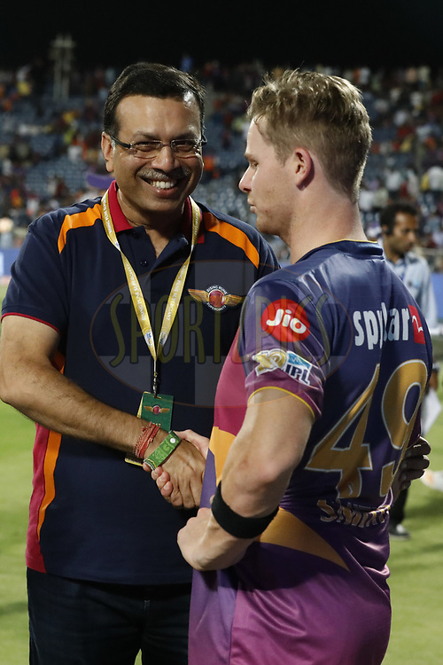 Sanjiv Goenka owner of Rising Pune Supergiant shake hand with Steven Smith caption of Rising Pune Supergiant after match 39 of the Vivo 2017 Indian Premier League between the Rising Pune Supergiants and the Gujarat Lions held at the MCA Pune International Cricket Stadium in Pune, India on the 1st May 2017<br /> <br /> Photo by Arjun Singh - Sportzpics - IPL