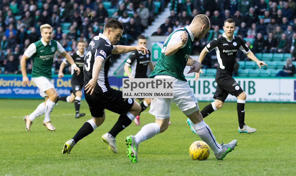 Hibernian's David Gray gets the ball into the box early in the game Hibernian vs Queen of the South Scottish Championship 19th December 2015......(c) MARK INGRAM | SportPix.org.uk
