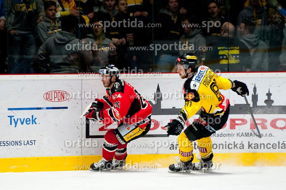 18.01.2015, Ice Rink, Znojmo, CZE, EBEL, HC Orli Znojmo vs UPC Vienna Capitals, 40. Runde, im Bild v.l. Lubomir Stach (HC Orli Znojmo) Kristopher Foucault (UPC Vienna Capitals) // during the Erste Bank Icehockey League 40th round match between HC Orli Znojmo and UPC Vienna Capitals at the Ice Rink in Znojmo, Czech Republic on 2015/01/18. EXPA Pictures © 2015, PhotoCredit: EXPA/ Rostislav Pfeffer