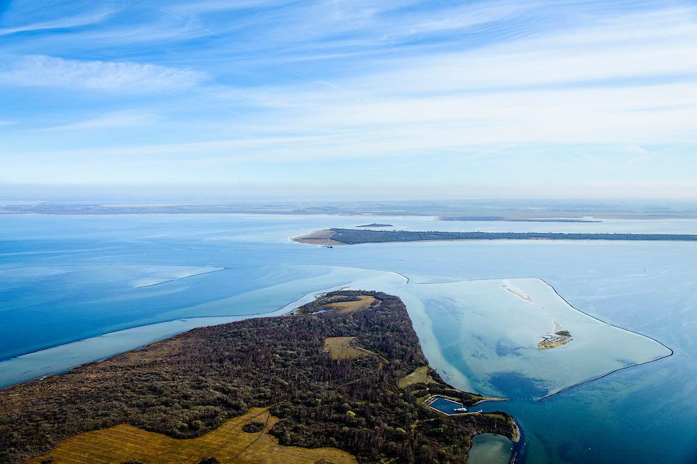 Nederland, Zeeland, Gemeente Schouwen-Duiveland, 01-04-2016; Grevelingen, het grootste zoutwatermeer van West-Europa met in de voorgrond de zandplaat Stampersplaat. Grevelingenmeer  is ontstaan door afsluiting van de zeearm door middel van de Brouwersdam.<br /> Grevelingen (or Grevelingenmeer)<br /> the largest saltwater lake in Western Europe.<br /> <br /> luchtfoto (toeslag op standard tarieven);<br /> aerial photo (additional fee required);<br /> copyright foto/photo Siebe Swart