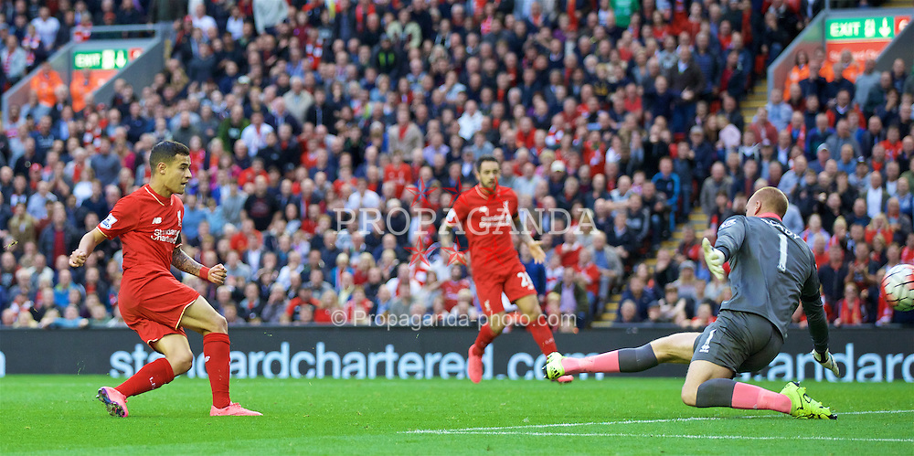 LIVERPOOL, ENGLAND - Sunday, September 20, 2015: Liverpool's Philippe Coutinho Correia in action against Norwich City during the Premier League match at Anfield. (Pic by David Rawcliffe/Propaganda)