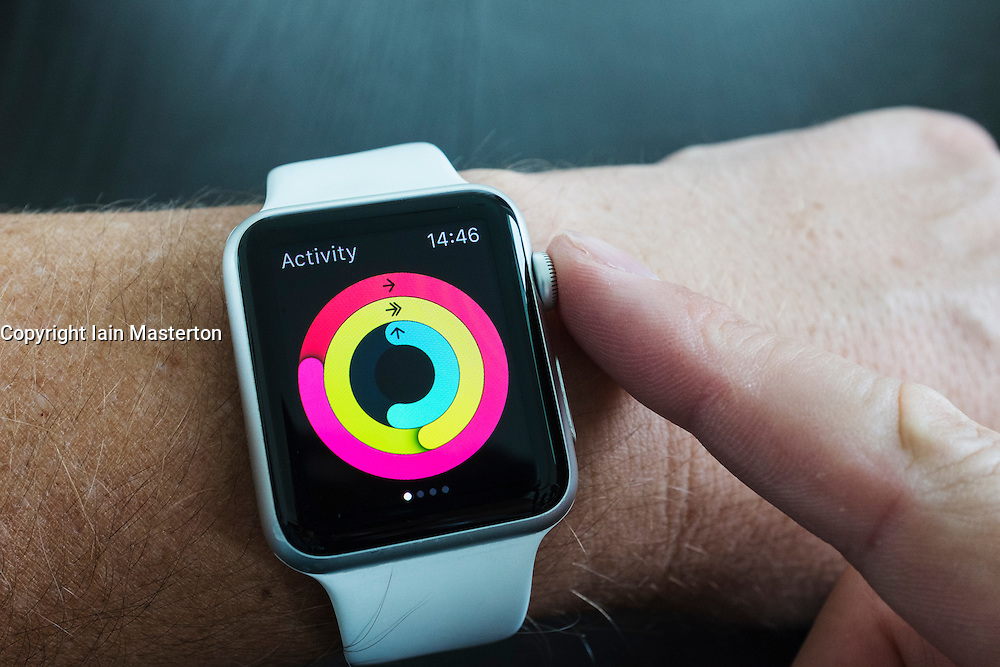 Detail of health app measuring daily activity on an Apple Watch