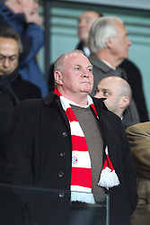 19.02.2014, Emirates Stadion, London, ENG, UEFA CL, FC Arsenal vs FC Bayern Muenchen, Achtelfinale, im Bild Praesident Uli HOENESS (FC Bayern Muenchen) schlecht gelaunt // during the UEFA Champions League Round of 16 match between FC Arsenal and FC Bayern Munich at the Emirates Stadion in London, Great Britain on 2014/02/19. EXPA Pictures © 2014, PhotoCredit: EXPA/ Eibner-Pressefoto/ Kolbert<br /> <br /> *****ATTENTION - OUT of GER*****