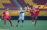 FODBOLD: Mads Aaquist (FC Helsingør) i kamp med Divine Naah (FC Nordsjælland) under træningskampen mellem FC Nordsjælland og FC Helsingør den 20. januar 2017 i Farum Park. Foto: Claus Birch