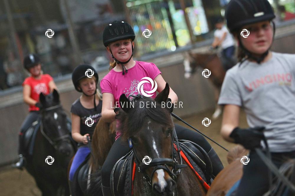 KERKWIJK -  Open dag Hippisch Centrum, Jan Stuversdreef, met verschillende paardensport activiteiten. FOTO LEVIN DEN BOER - PERSFOTO.NU