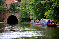UK ENGLAND LONDON 12AUG07 - Islington Tunnel on the Regency Canal, viewed from the bow of a canal boat...jre/Photo by Jiri Rezac..© Jiri Rezac 2007..Contact: +44 (0) 7050 110 417.Mobile:  +44 (0) 7801 337 683.Office:  +44 (0) 20 8968 9635..Email:   jiri@jirirezac.com.Web:    www.jirirezac.com..© All images Jiri Rezac 2007 - All rights reserved.