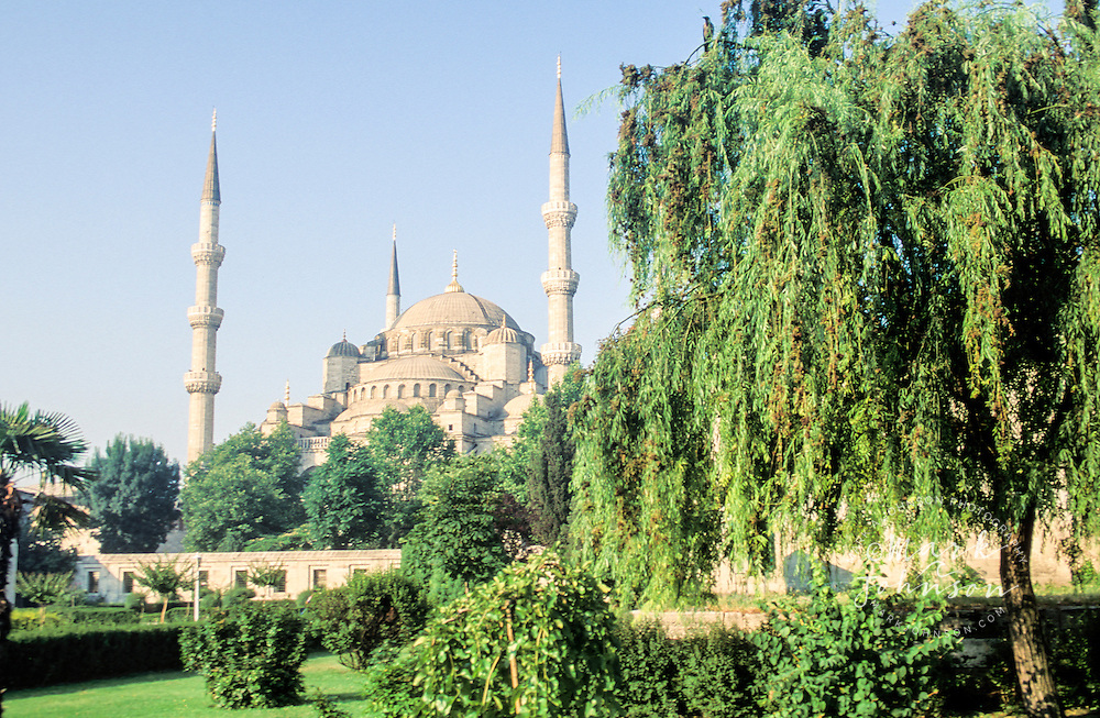 Turkey, Istanbul, Blue Mosque.