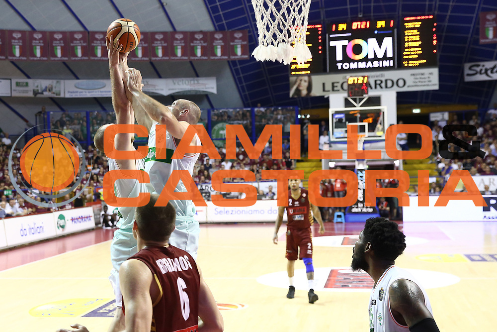 Fesenko Kyrylo<br /> Umana Reyer Venezia vs Sidigas Avellino<br /> Lega Basket Serie A 2016/2017<br /> Play Off SemiFinali Gara 1<br /> Venezia,26/05/2017<br /> Foto Ciamillo-Castoria/A. Gilardi