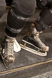 08.12.2010, UPC Arena, Graz, AUT, Benefizspiel, Moser Medical Graz 99ers, im Bild die 42 Jahre alten Eisschuhe von Jochen Pildner-Steinburgh, EXPA Pictures © 2010, PhotoCredit: EXPA/ Erwin Scheriau