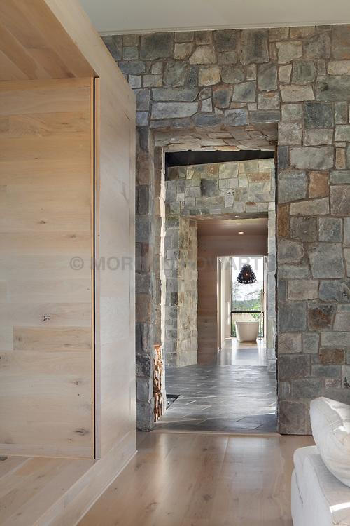 98_Lyle modern home design long hallway VA 2-174-303
