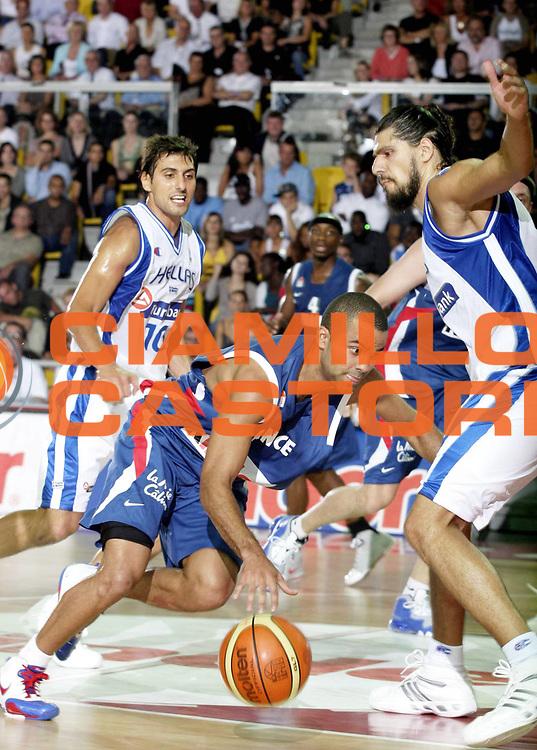 DESCRIZIONE : Strasburgo Amichevole Francia Grecia <br /> GIOCATORE : <br /> SQUADRA : Francia Grecia<br /> EVENTO : Strasburgo Francia Amichevole Francia Grecia<br /> GARA : Francia Grecia<br /> DATA : 11/08/2007 <br /> CATEGORIA : Tony Parker<br /> SPORT : Pallacanestro <br /> AUTORE : Agenzia Ciamillo-Castoria/H.Bellenger