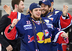 14.04.2015, Albert Schultz Eishalle, Wien, AUT, EBEL, UPC Vienna Capitals vs EC Red Bull Salzburg, Finale, 4.Spiel, EC Red Bull Salzburg ist Meister, im Bild Luka Gracnar (EC Red Bull Salzburg) // during the Erste Bank Icehockey League 4th final match between UPC Vienna Capitals and EC Red Bull Salzburg at the Albert Schultz Ice Arena in Vienna, Austria on 2015/04/14. EXPA Pictures © 2015, PhotoCredit: EXPA/ Alexander Forst