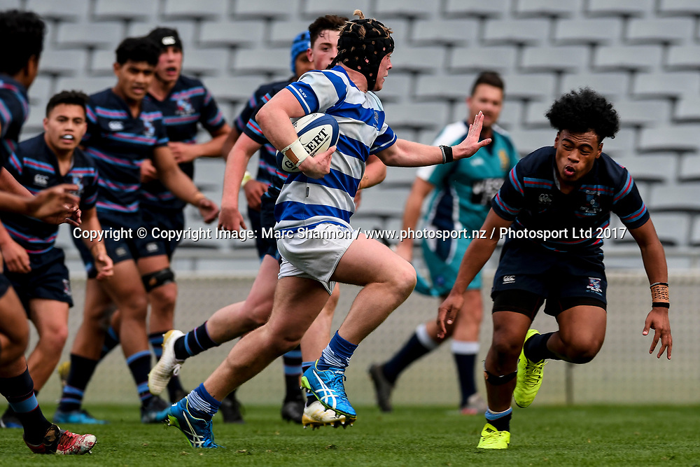 St Kentigern Joshua Retter in action during a match against Sacred Heart.<br /> St Kentigern College v Sacred Heart College, Auckland Secondary Schools First XV rugby union, Eden Park, Auckland, New Zealand. 26 August 2017. &copy; Copyright Image: Marc Shannon / www.photosport.nz.