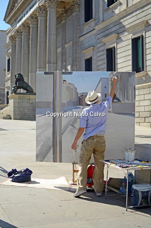 Realistic Spanish painter, Alberto Martin Giraldo, painting the Spanish Parliament (Congreso de los Diputados) building.