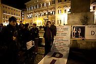 Roma 3 Febbraio 2011.Il  'Popolo Viola'  in piazza Montecitorio per chiedere le dimissioni di Silvio Berlusconi.Rome, February 3, 2011.The 'Purple People'  to piazza Montecitorio,, for to demand the resignation of Silvio Berlusconi
