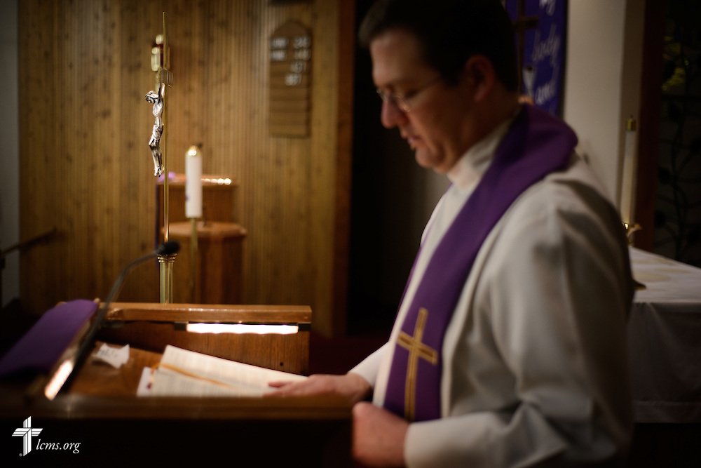 The Rev. Mark Nierman, pastor of Mount Olive Lutheran Church, prepares for the second evening Lenten worship on Wednesday, March 2, 2016, in Loveland, Colo. LCMS Communications/Erik M. Lunsford